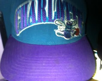 Vintage STARTER 1990s CHARLOTTE HORNETS Snapback Hat Nba Block original