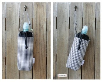 Insulated water bottle bag/wristlet - Houndstooth