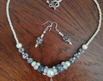 Grey, Ivory and Sparkle!