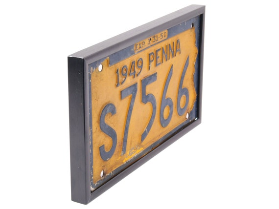Gold License Plate Wall Display Frames All Aluminum Frame