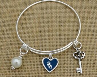 Old Dominon Monarchs Memory Wire Bracelet