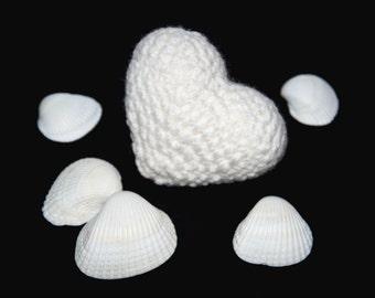 Crochet heart, crochet white heart, love gift, Amigurumi heart, Valentines day gift, Valentine heart, crocheted heart