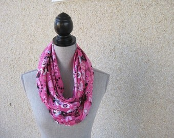 Fabric scarf, Infinity scarf, tube scarf, eternity scarf, loop scarf, Minnie Mouse, Pink Scarf, Disney, Minnie,