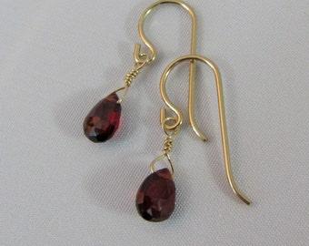 14K Gold Filled Garnet Earrings, Mozambique Garnet Earrings, Garnet Gemstone Briolettes, January Birthstone, Bride, Bridesmaid Earrings
