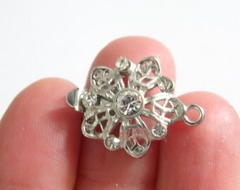 2 Silver Tone Flower Pinch Push Clasps with Clear Rhinestones Ref FD243S