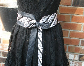 Silk Necktie Belt - Repurposed Necktie Belt - Refashioned Silk Necktie Belt