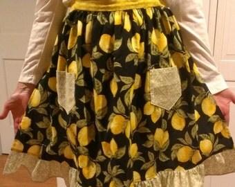 Ladies Ruffled Lemon Apron