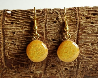 Wooden dangle earrings 14 mm, wood slice earrings, hand painted wood earrings, eco friendly earrings (0136)