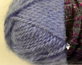 Yarn Lion Brand Jiffy Light Blue