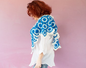 Japanese Spring Poncho Pure Sky Blue & White Bloom Flowers (C16)