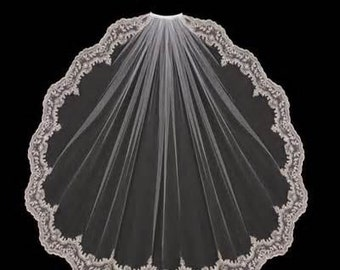 Wedding Veil Fingertip Length with comb/ Bridal veil White or Ivory/35 inches in length