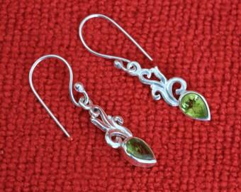 Peridot Earrings Silver Earrrings, Peridot  Gemstone Jewelry, Light Dangle Birthstone Earrings