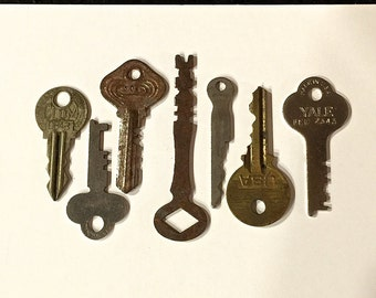 Vintage Keys Antique Keys Flat Keys Rusty Keys Lot of 7 Keys, Circa 1920s
