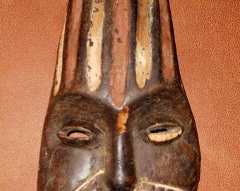 AFRICAN TRIBAL MASK--Hand Carved Wood--Mogadishu Kenya Large African Tribal Mask--Wall Decor
