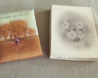 Vintage Hallmark Remembrance Book in Original Box   Love Sentiments