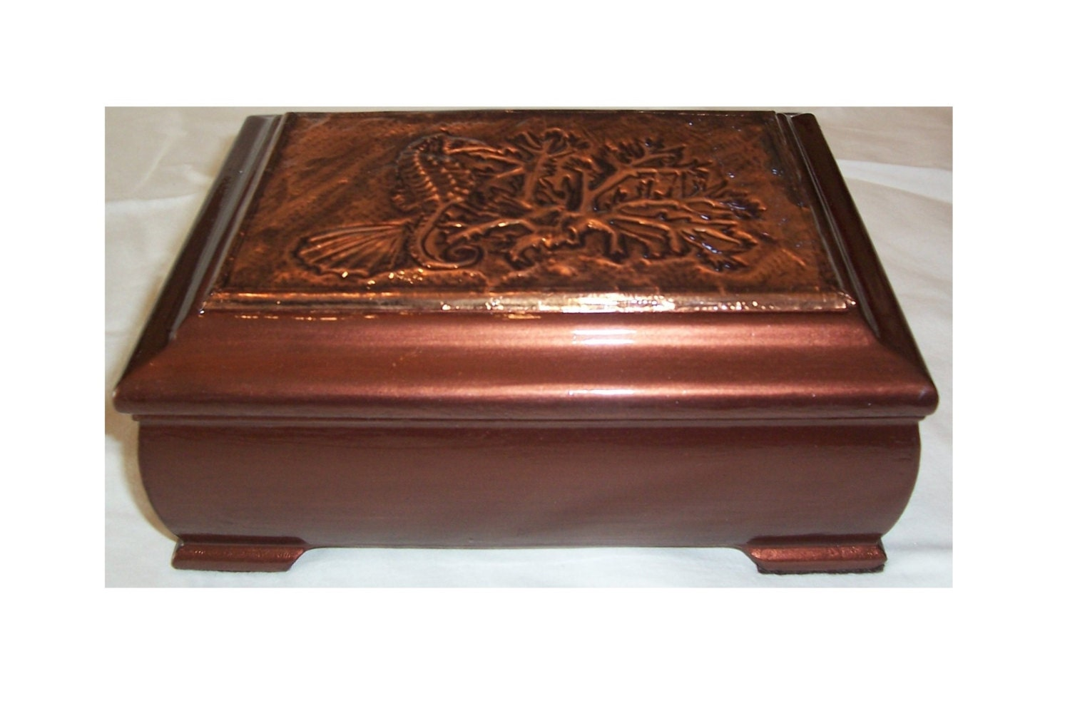 Decorative Box Lid : Decorative wooden box wood with embossed copper lid