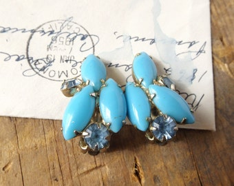 Sky Blue Retro Clip on Earrings -costume jewelry, turquoise blue, glass jewel, sparkle, upcycle, repurose