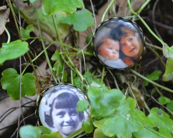 Personalised Photo, Antique Gold, Brooch Pin, Personalized Wedding Favor, memorial Jewellery