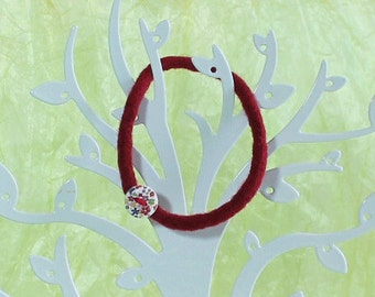 Bangle Woolly button Jewelry Woolen Felted Wine-Red Merino Hand-Spun Hand-Knitted