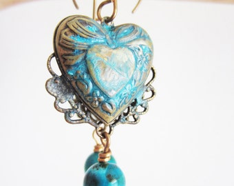 How rusty heart earring