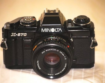 "Minolta X-570 35mm SLR Camera w/ 45mm f2 ""Pancake"" Lens Vintage (Working/Restored)"