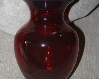 Vintage Vase, Ruby Red, Red Glass, Red Vase, Glass Vase, Small Vase, Great for a Bud Vase or a Small Flower Arrangement, Heavy Red Glass