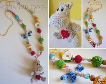Hippopotamus necklace with toy - Teething necklace - Breastfeeding Necklace - Crochet Necklace - Gift for Babywearing Moms
