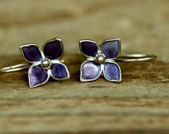 Purple flower earrings , Silver Enamel Earrings , Bridesmaids Earrings , Purple Wedding Earrings .