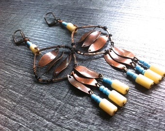Earrings dangling copper, Indian, unbleached and rubbles beads turquoise