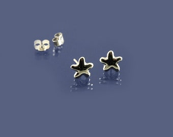 Beautiful and dainty rounded star stud earrings in 925 sterling silver