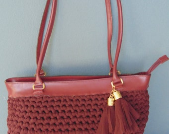 Bag bordeaux leather and webbing
