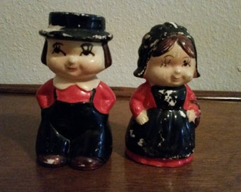 Vintage Salt & Pepper Shakers Amish Man Woman