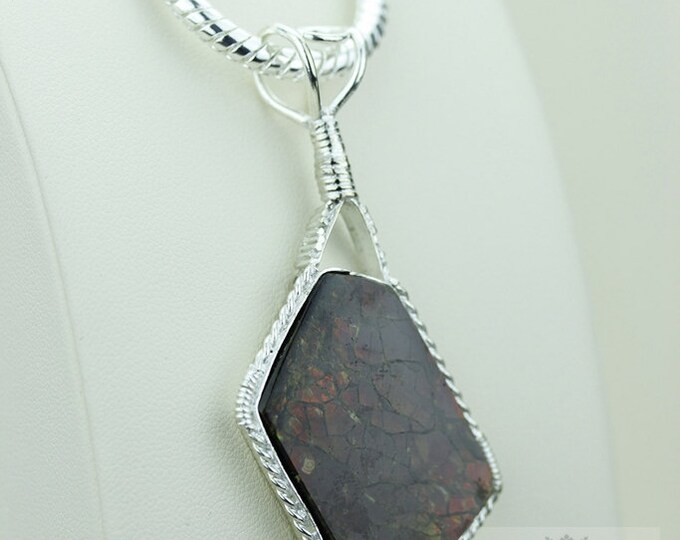 Gran This One! GENUINE Canadian AMMOLITE 925 S0LID Sterling Silver Pendant + 4MM Snake Chain & FREE Worldwide Express Shipping A12