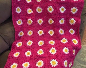 Crocheted Daisy Flower Throw Blanket