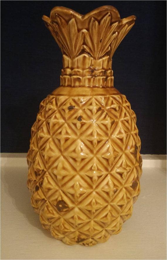 vintage ceramic pineapple vase by redux121designstudio on etsy. Black Bedroom Furniture Sets. Home Design Ideas