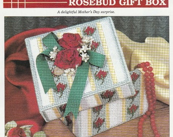 Pretty Rose Box for Your Vanity in Plastic Canvas