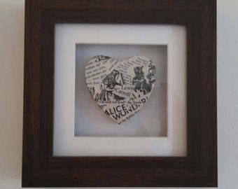 Alice in Wonderland - Heart in a Frame - Queen of Hearts - British Library - Literary Gifts - Literary Loves - Book Memories - Handcrafted