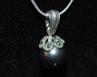 Black Glass Pearl Pendant