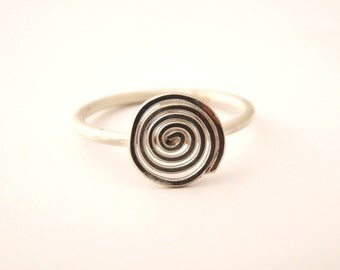 Ring, recycled silver, spiral