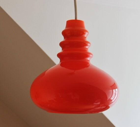 vintage lampe plafond en opaline orange abat jour. Black Bedroom Furniture Sets. Home Design Ideas
