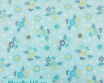 Flanell Small flowers pale blue background, meter, rag quilt, quilt, pajamas, towel, blanket,