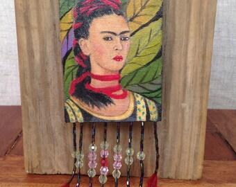Frida Kahlo Hand Painted, Frida Kahlo Necklace, Handmade Necklace, Art Necklace, Fashion jewelry,  Beaded Necklace, Pendant Necklace,
