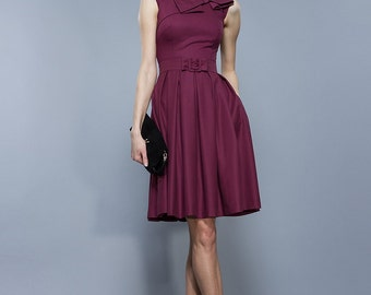 Elegant dress with folds, Plum . Knee length.