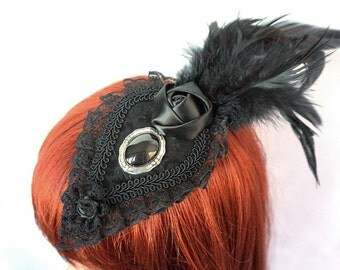 Gothic Fascinator with feathers and cameo