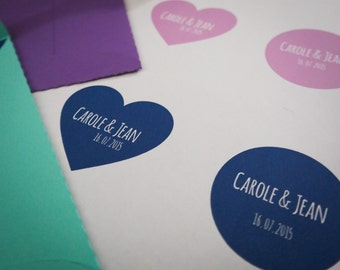 35 stickers customized to your wedding colors