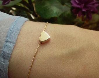 Mini Heart Bracelet / Small Heart Bracelet / Love Jewelry / Valentines Day / Everyday Jewelry / Dainty Bracelet / B413