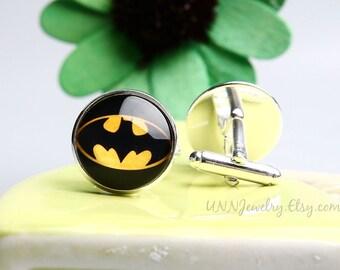 Batman Cufflinks Mens Movie Cuff links Superhero Novelty Groomsman Cufflink Fathers Day Anniversary Wedding Jewelry Gifts for him