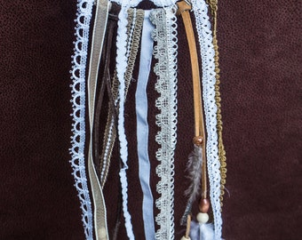 Crotchet Dream Catcher with Feathers