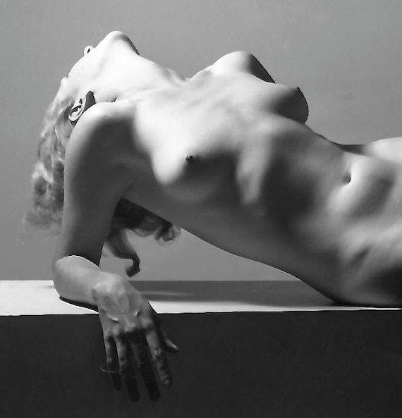années 1930 érotique nue allongée-dos-Mortensen-noir et blanc-multiples tailles-[730-256]-provocation classique érotique Sexy