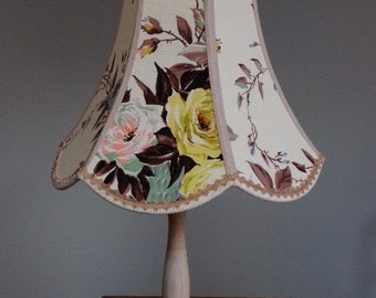 Lovely scalloped rose lampshade